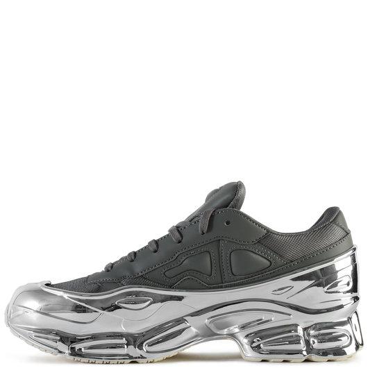 best sneakers 28ecd ad915 Adidas x Raf Simons Ozweego Ash/Silver
