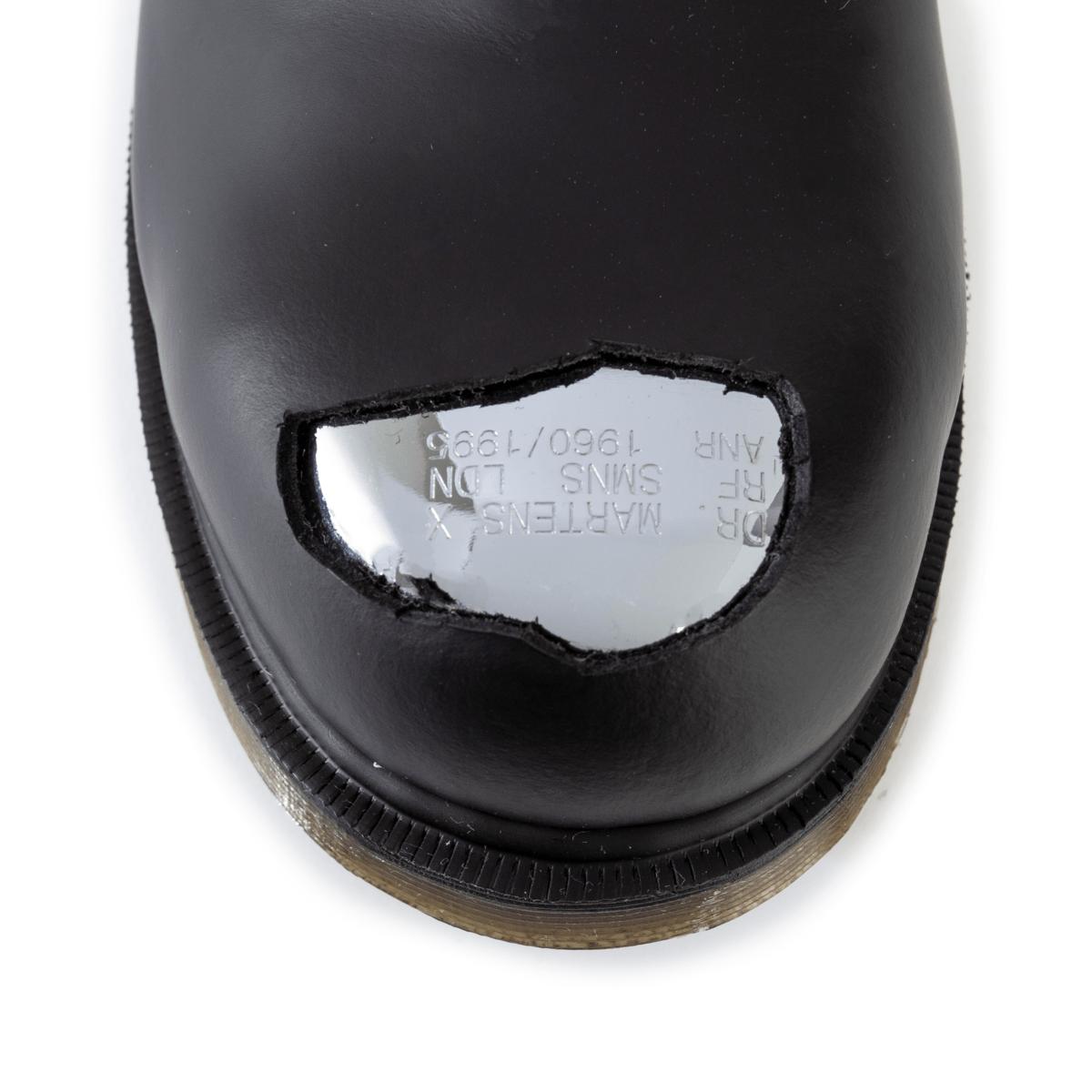 steel toe martens